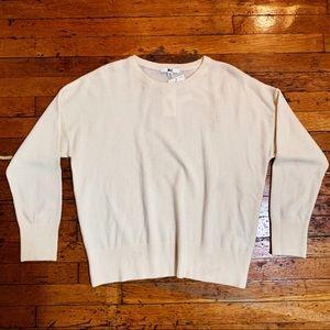 Uniqlo 100% Cashmere Crew Neck Sweater (NWT)